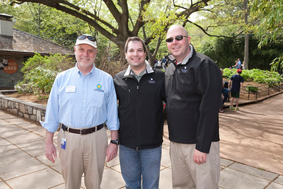 Craig (c) and DJ with National Zoo Director Dennis Kelly.  Photo by Alex Perry. (4/23/11)