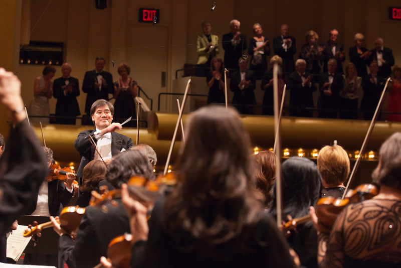 Alan Gilbert conducts the New York Philharmonic in their 170th Season Opening Night concert at Avery Fisher Hall with Deborah Voigt as soloist, 9/21/11. Photo by Chris Lee