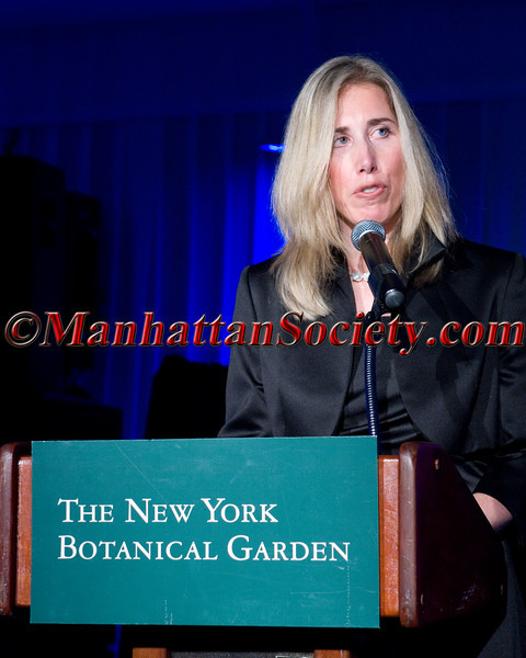 Jennifer Rominiecki addresses guests at The New York Botanical Garden's 12th Annual Winter Wonderland Ball  on Friday, December 9, 2011 at 2900 Southern Boulevard Bronx, NY  PHOTO CREDIT: ©Manhattan Society.com 2011 by Christopher London