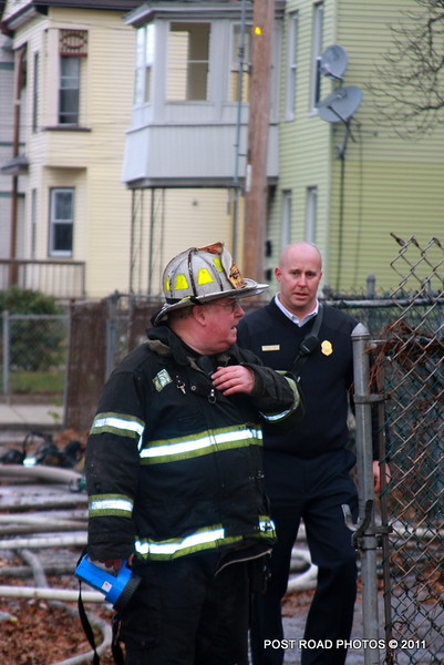20111217-new-haven-2nd-alarm-house-fire-439-Howard-Avenue-120