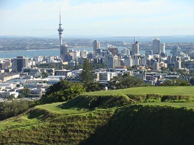 Auckland - Jerry Strokus