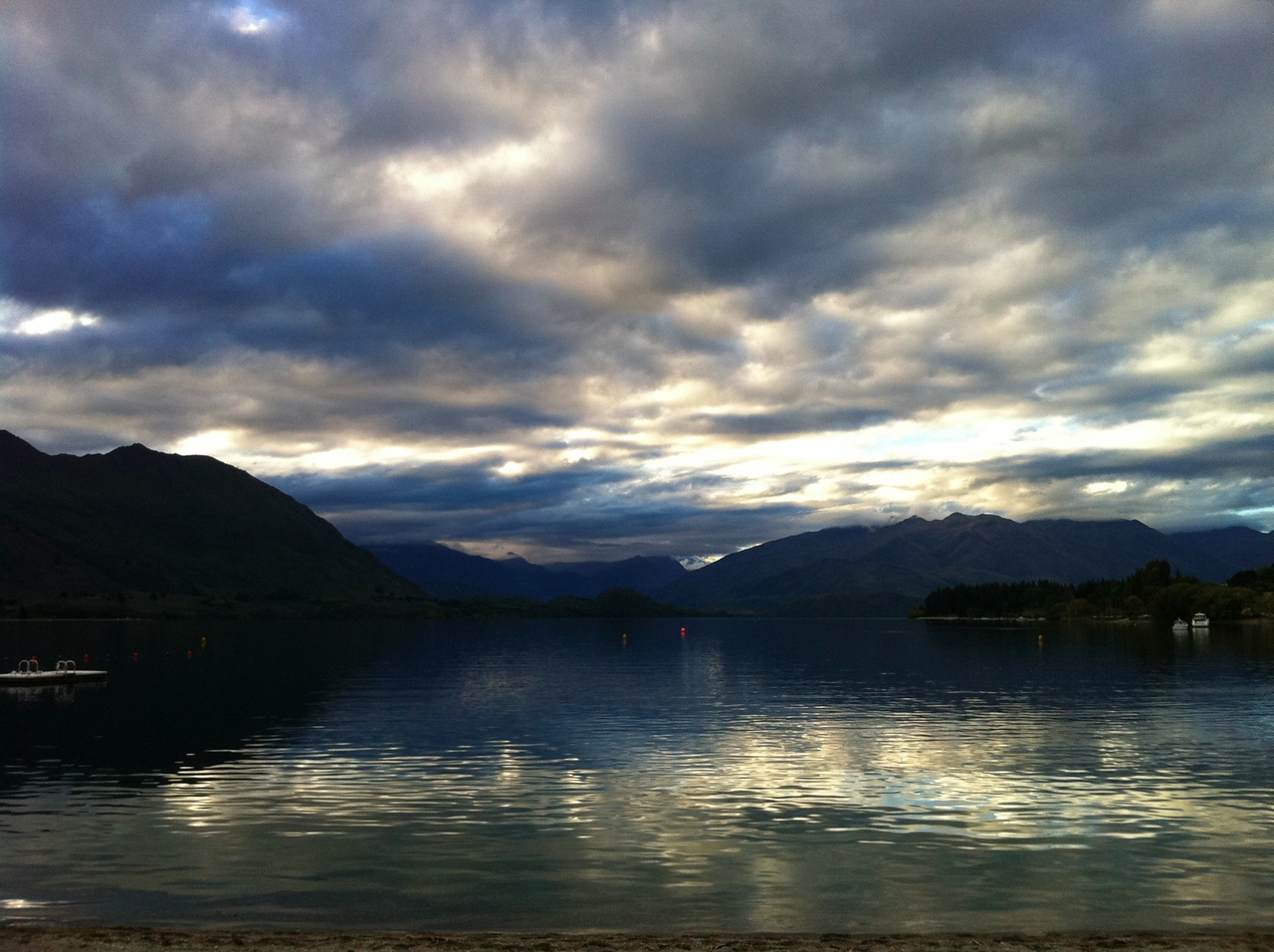 Lake Wanaka, evening