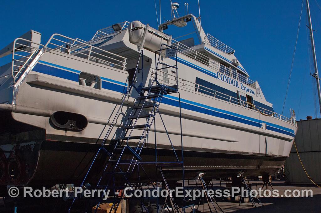 Condor Express hauled out 2011 11-25 - Ventura Hbr - 025
