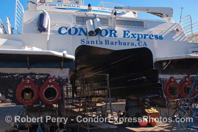 Condor Express hauled out 2011 11-25 - Ventura Hbr - 007