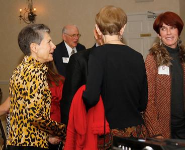 Flossie Bonner speaks with other presidential members
