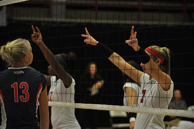 GWU volleyball gain the victory over Liberty