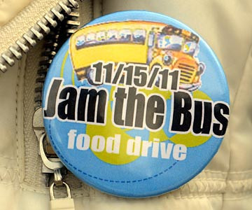 Tribune-Star/Joseph C. Garza<br /> Part of the jam: Indiana State University junior Andrea Bright of Nashville wears a Jam the Bus button during the event Tuesday on the Indiana State campus.