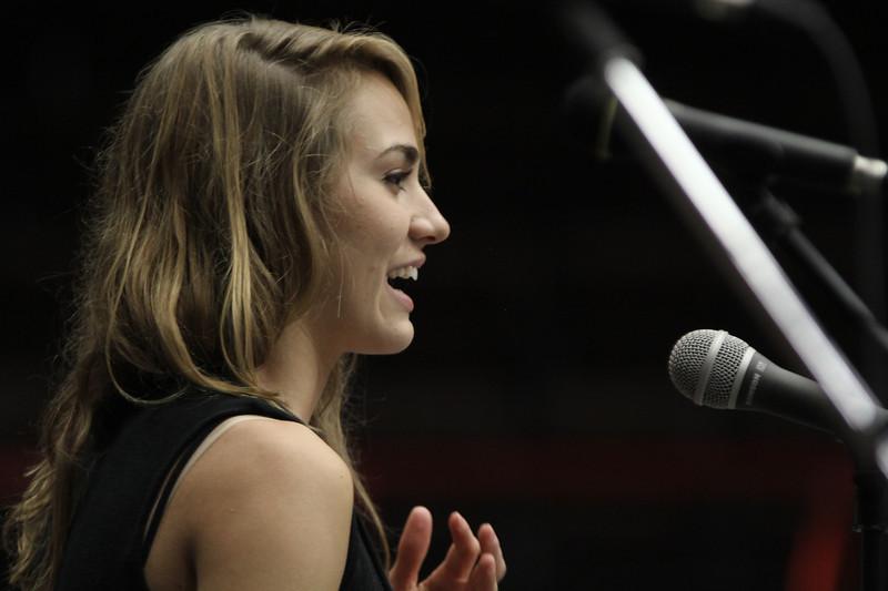 Elisabeth Sawyer shared her testimony at Fields of Faith.