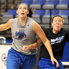 Tribune-Star/Joseph C. Garza<br /> Find 'em and block them out: Indiana State's Shannon Thomas tries to block out assistant coach Melanie Boeglin during team practice Friday at Hulman Center.