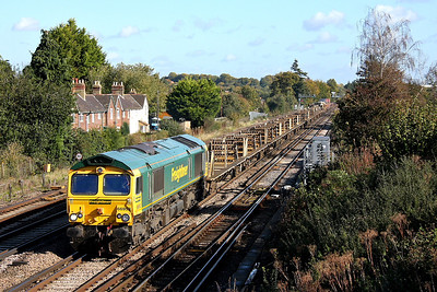 66952 Worting Junction 19/10/11 6O26 Hinksey to Eastleigh (Following the use of DRS 37's last week, it was Freightliners turn to have a go today)