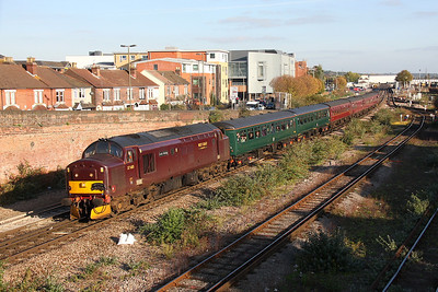 37685 Eastleigh 22/10/11 1Z37 Paddington to Hamworthy 'Routes and Branches 3' with 37706 on the rear