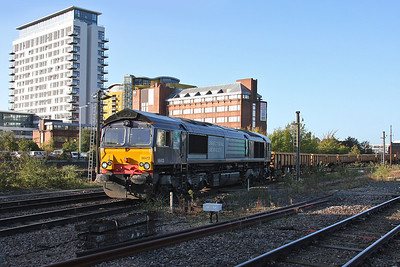 66413 Basingstoke 19/10/11 6Z22 Eastleigh to Stud Farm (Not the shot I wanted but got stuck behind a leaner driver, this one is running virtually daily at the moment so will try again)