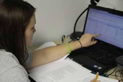 GWU student, Kyndal Davis checks out MyWebb to prepare her class schedule for next semester.