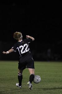 Sarah Morabito, 22, makes a pass.