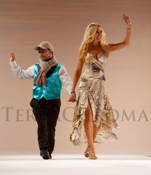 "(Denver, Colorado, Oct. 15, 2011)<br /> Sujeet Desai and Peggy Tanous.  The ""Be Beautiful Be Yourself Fashion Show 2011,"" benefiting the Global Down Syndrome Foundation, at the Hyatt Regency Denver at the Colorado Convention Center in Denver, Colorado, on Saturday, Oct. 15, 2011.<br /> STEVE PETERSON"