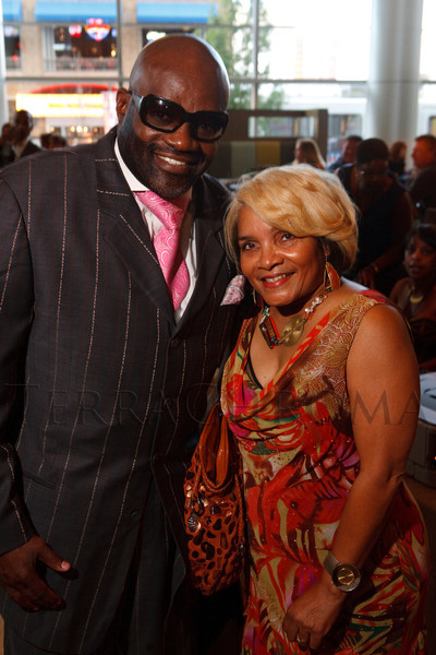 "(Denver, Colorado, Oct. 15, 2011)<br /> Julius Williams and Rosalind ""Bee"" Harris.  The ""Be Beautiful Be Yourself Fashion Show 2011,"" benefiting the Global Down Syndrome Foundation, at the Hyatt Regency Denver at the Colorado Convention Center in Denver, Colorado, on Saturday, Oct. 15, 2011.<br /> STEVE PETERSON"