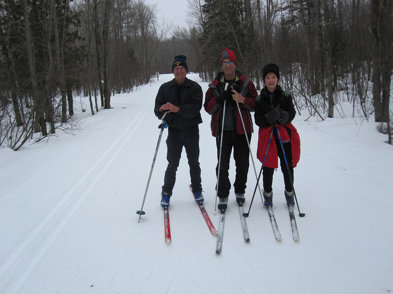 STAN,DOUG & PAM AT ABR SKI HILL