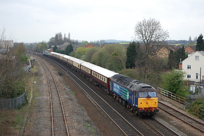 47790 'Galloway Princess' approaches Dunkirk in the Nottingham suburbs with 1Z30 1114 Northern Belle charter from Derby to Grantham. 47501+47802 are just visible at the rear of the train (02/04/2011)