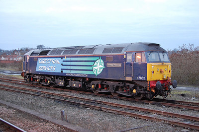 Whilst waiting for a unit up to Northallerton, I attempted this shot of 47832 'Solway Princess' in the Parcels Sidings at York station. The sun just didn't quite rise quickly enough unfortunately (03/01/2011)