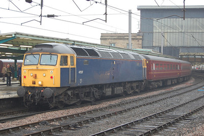 On the tail end of the train was 47237, which had been acquired by West Coast earlier in the summer and despite having already performed a couple of passenger duties still fell into the 'low mileage' category (08/10/2011)