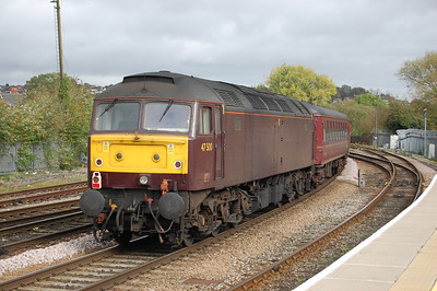 Having spent most of the year outbased at Southall, 47500 was making a rare appearance on a Compass job, and is seen here bringing up the rear of 5Z57 1326 to Salisbury Yard. The loco later worked the 1747 return leg to Holyhead (05/10/2011)
