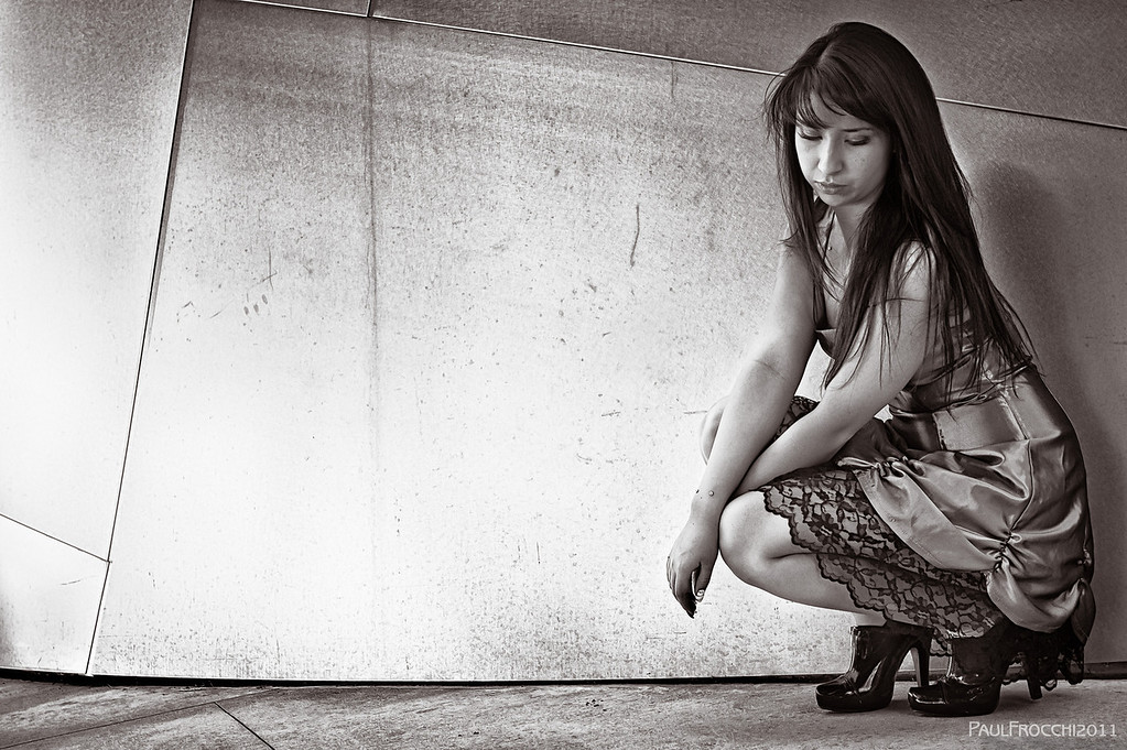 20111127_Sarah_White_Dress