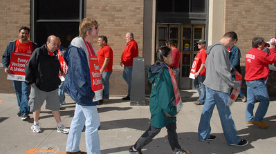 Informational Picketing West Street 10-20-2011