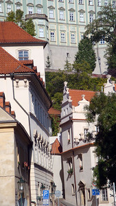 It was nearly lunch time by the time I'd warmed up. We headed up to Prague Castle, seen at the top of this photo.