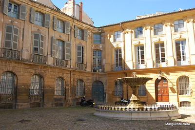 Courtyard in Aix