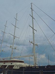 The Eos - masts.