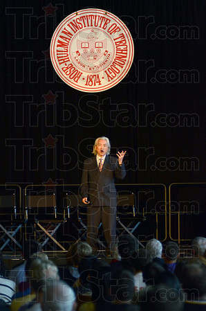 Tribune-Star/Jim Avelis<br /> Engaging: Noted futurinst author and physicist Michio Kaku delivers the Oscar C. Schmidt memorial Lecture at Rose-Hulman Institute of Technology Friday afternoon