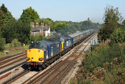 37607 Worting Junction 02/09/11 1Z69 Glasgow to Southampton Western Docks with 37608, 47841 is also on the rear