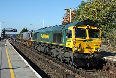 66569 Basingstoke 28/09/11 4M28 Southampton to Ditton with 66428