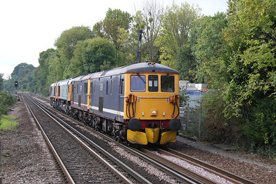 73212 Shawford 25/09/11 0Z73 Eastleigh to Hoo Junction with 73213, 66720 and 66731