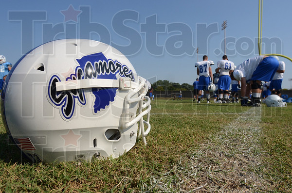 Tribune-Star/Jim Avelis<br /> Growing program: The Indiana State University football team now has a grass field to practice on.