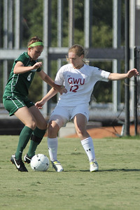 Shaylyn Poppe (12) fights for possession.