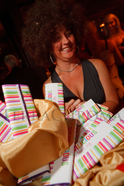 "(Denver, Colorado, Sept. 17, 2011)<br /> Sugarlicious bars are sold for a donation by Marrana Davis.  The Eighth Annual Volunteers of America Fashion Show, ""The Sweet Life,"" at Suite Two Hundred in Denver, Colorado, on Saturday, Sept. 17, 2011.<br /> STEVE PETERSON"