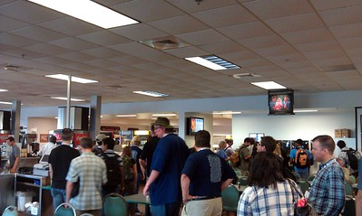 Tweeps including @robpegoraro and @darthgreek get lunch in the NASA employee cafeteria