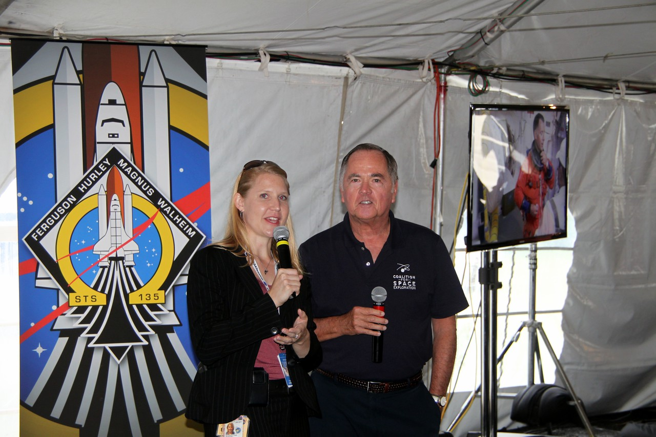 NASA social media manager Stephanie Schierholz (@schierholz and Bob Crippen, the pilot of the first Space Shuttle launch in history (STS-1)