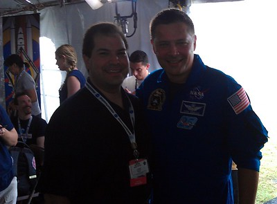 Craig with astronaut Doug Wheelock (@Astro_Wheels)