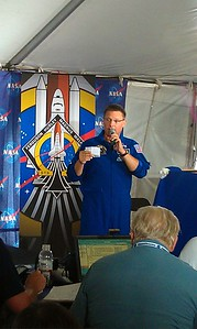 Astronaut Doug Wheelock (@Astro_Wheels) explains the launch sequence and terminology
