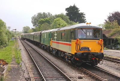 73205 Corfe Castle 07/05/11 with 73136