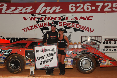 Jonathan Davenport won the Red Buck Cigars Fast Time Award