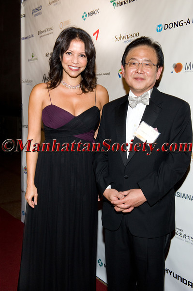 """Actress Gloria Reuben, Ambassador Young-mok Kim Consul General of The Republic of Korea The King of Joseon in New York on Monday, October 3, 2011 at The Great Hall and the Temple of Dendur at The <a href=""""http://www.metmuseum.org/"""" target=""""_blank"""">Metropolitan Museum of Art</a>, 1000 Fifth Avenue, New York City, NY PHOTO CREDIT:©Manhattan Society.com 2011 by Gregory Partanio"""