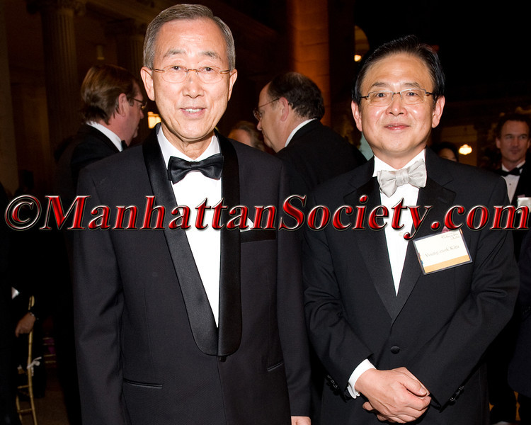 """U.N. Secretary General Ban Ki-moon, Ambassador Young-mok Kim Consul General of The Republic of Korea The King of Joseon in New York on Monday, October 3, 2011 at The Great Hall and the Temple of Dendur at The <a href=""""http://www.metmuseum.org/"""" target=""""_blank"""">Metropolitan Museum of Art</a>, 1000 Fifth Avenue, New York City, NY PHOTO CREDIT:©Manhattan Society.com 2011 by Gregory Partanio"""