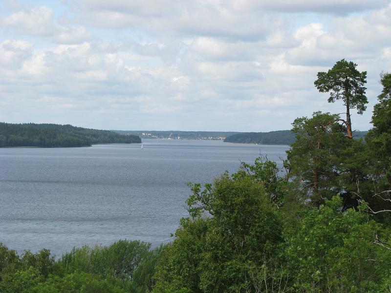 Utsikten från Runsa fornborg mot Sigtuna