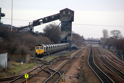 66560 Loading at Hatfield Mine, Stainforth.