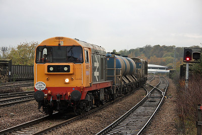 "20227 Wakefield Kirkgate 31/10/11 3S12 Chesterfield to Wakefield Westgate ""Rotherham Leaf Busters"""