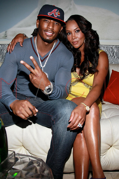 NEW YORK, NY - AUGUST 25:  Omar 'Slim' White and Vivica A. Fox attend BJ Coleman's 31st birthday party at The Polar Lounge on August 25, 2011 in New York City.  (Photo by Steve Mack/S.D. Mack Pictures) *** Local Caption *** Omar 'Slim' White; Vivica A. Fox