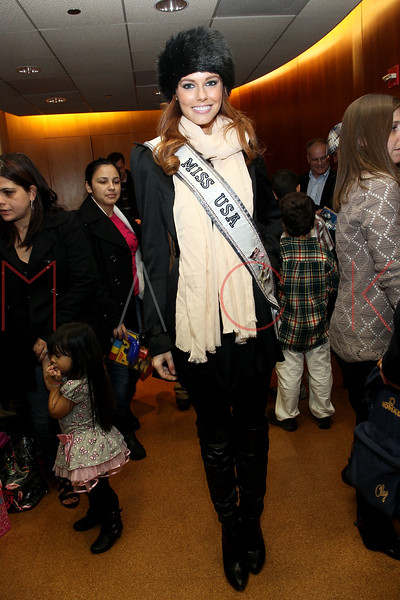 NEW YORK, NY - DECEMBER 13:  Miss USA 2011 Alyssa Campanella attends CitySights NY's 2nd annual Holiday Joy Toy drive at The Naomi Berrie Diabetes Center on December 13, 2011 in New York City.  (Photo by Steve Mack/S.D. Mack Pictures)